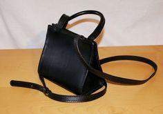 FRANCO DESSI' Purse Vintage Handbag Black Leather Pocketbook  Single Handle Mini Borsa Monomanico Lunga Tracolla Pelle Cuoio Nero di BeHappieWorld su Etsy