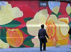 """""""Flores para la Paz"""" mural realizado en la esquina de Aranguren y Boyacá Painting, Peace, Flowers, Hipster Stuff, Painting Art, Paintings, Painted Canvas, Drawings"""