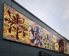 Fitzpatrick Mural Installed at Steppenwolf Theater in Lincoln Park - Chicago YIMBY Theatre In The Round, Jack Crawford, Lincoln Park Chicago, Building Renovation, Purple Line, News Cafe, Chicago Art, Glass Ceiling, Chicago Tribune
