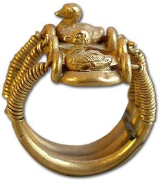Egyptian swivel ring. The side opposite the ducks features a personal seal. The ring would be worn showing the ducks but when necessary it would act as a seal.