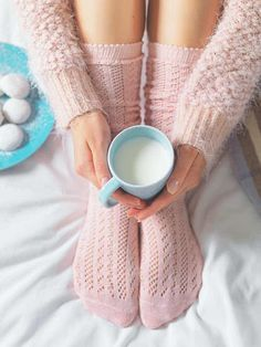30 Simple Ways You Can Enjoy Hygge All Year Long!