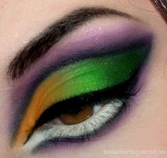 """"""".Bows and Curtseys...Mad About Makeup."""": Sexy Halloween Witch Makeup"""