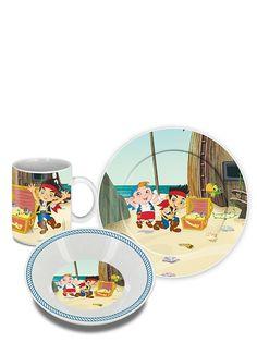 Aloita päivä Jake-aamiaissetin hilpeiden merirosvojen kanssa! Keraaminen setti sisältää mukin, leipälautasen ja syvän lautasen, josta voi popsia vaikka muroja. Pirates, Tableware, Dinnerware, Tablewares, Place Settings