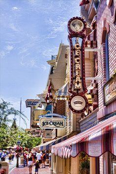 Main Street - Anaheim - California - USA