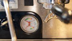 Genuss Kaffe Siebträger Shops, Espresso Machine, Coffee Maker, Kitchen Appliances, Fine Dining, Kaffee, Espresso Coffee Machine, Coffee Maker Machine, Diy Kitchen Appliances