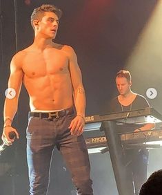 How to Get 6 Pack Abs Workout Jack And Madison, Hot Men Bodies, 6 Pack Abs Workout, Abs Boys, Jack Gilinsky, Tan Guys, Jack Johnson, Magcon Boys, Shirtless Men