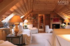 A Chalet Under the Roofs of Paris