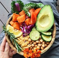 Vegan Summer Salads :: Skin Food :: Plant Based :: Healthy :: Raw :: Simple + Easy :: Recipes :: Feed your Body :: Nourish your Beauty :: Free your Wild :: See more Untamed Summer Salad ideas + Inspiration @untamedorganica