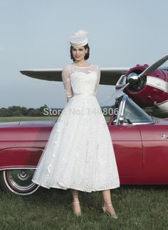 Charming Graceful Chapel A-Line Scoop Ankle-Length Poet 1/2 Sleeve Appliques Lace Wedding Dress With A Feather Hat