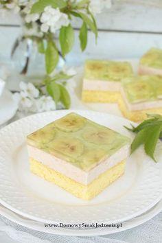 ciasto z bananami i galaretką | Domowy Smak Jedzenia .pl Homemade Cakes, Vanilla Cake, Feta, Cheese, Desserts, Recipes, Homemade Muffins, Vanilla Sponge Cake, Deserts