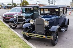 https://flic.kr/p/AgazQB | A Pair of Ford's | Pair of Model A Ford's parked in El Reno, Oklahoma.