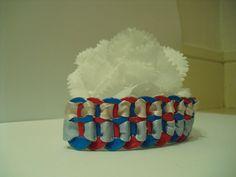 Pulsera hecha con anillas de latas  2'50€