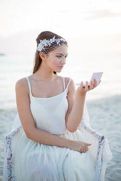 Brautschleier mit Perlen Spitze Hochzeit von BeChicAccessories