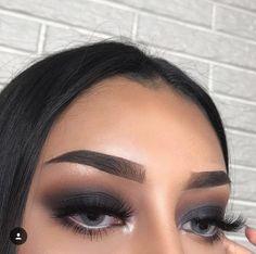 baddie makeup – Hair and beauty tips, tricks and tutorials Cute Makeup, Glam Makeup, Pretty Makeup, Skin Makeup, Makeup Inspo, Makeup Inspiration, Beauty Makeup, Makeup Style, Girls Makeup