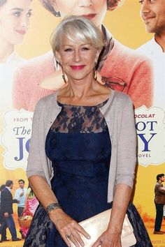 69 Best Ideas For Hair Women Over 50 Aging Gracefully Helen Mirren Short Hairstyles For Women, Cool Hairstyles, Layered Hairstyles, Men's Hairstyle, Dame Helen, Ageless Beauty, Fashion Beauty, Womens Fashion, Aging Gracefully