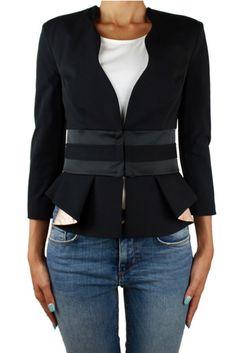 Cappotto donna elegante della collezione ai2015 di Elisabetta Franchi, colore nero, girocollo, manica lunga, da portare in inverno per occasioni eleganti