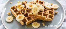 Bananenbrood kennen we inmiddels al, maar heb je al eens wafels gemaakt op basis van banaan en speltmeel? Zeker doen!