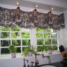 Window Treatments Design, Pictures, Remodel, Decor and Ideas - page 10