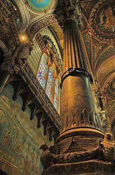 Basilica of Notre-Dame de Fourvière http://en.wikipedia.org/wiki/Basilica_of_Notre-Dame_de_Fourvi%C3%A8re http://www.laqfoil.com/