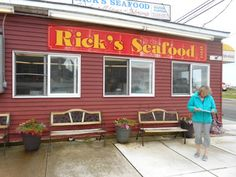 6 Great Places to Get Seafood in Wildwood and Cape May in New Jersey North Wildwood Nj, Wildwood Crest, Amazing Places On Earth, Great Places, Places To See, Beach Condo, Beach Trip, Cape May, New Jersey