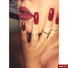 I believe in red nails and red lips!