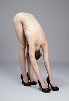 'Pose by Krista Van Der Niet Sweet Station, Pin Up, Weird And Wonderful, Human Body, Body Art, Contemporary Art, Modern Art, Art Photography, Vans