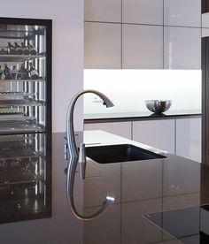 INTUO KÜCHE IN ALTEM HERRENHAUS Modern, Bathtub, Bathroom, Kitchen, Design, Mansion, Standing Bath, Washroom, Cuisine