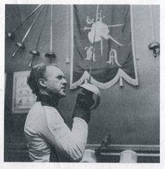 Maître d' Armes Frederick Rohdes Fencing, Bellisima, Martial Arts, Old Things, Traditional, Room, Fences, Combat Sport, Martial Art