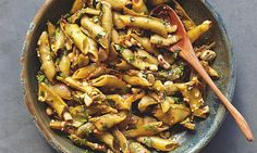 Yotam Ottolenghi's braised broad beans in their shells, with chilli and garlic & a lentil pasta recipe (raqaq u addas) Lentil Recipes, Veggie Recipes, Vegetarian Recipes, Cooking Recipes, Healthy Recipes, Chef Recipes, Veggie Food, What's Cooking, Food Food