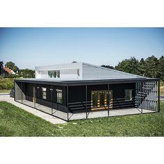 Realdania Byg udvikler, opfører og formidler et enfamiliehus, 'Upcycle House', ud fra princippet om upcycling, og udmønter dermed en helt aktuel tendens i et håndgribeligt og overskueligt eksempel. Arkitekt: Lendager Arkitekter