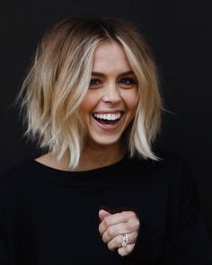 "Spring 2020 Hair Trends Are In And They're ""Bigger"" Than Ever - Picture For balayage hair For Your TasteYou are looking for something, and it is going to tell you exactly what you are looking for, and you didn't find that picture. Spring Hairstyles, Short Bob Hairstyles, Teenage Hairstyles, Easy Hairstyles, Wedding Hairstyles, Hairstyle Ideas, Haircuts For Women, Blunt Bob Haircuts, Medium Haircuts"