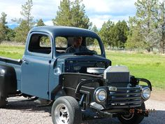 help with 48 inner and outer fenders - Ford Truck Enthusiasts Forums 1948 Ford Truck, Old Ford Trucks, Lifted Chevy Trucks, Pickup Trucks, Old Wagons, Ford F Series, Classic Trucks, Classic Cars, Chevrolet Silverado