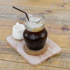 Caffè, ghiaccio, zucchero liquido e schiuma spumosa e compatta: il #caffè shakerato è da leccarsi i baffi. Ecco la #ricetta