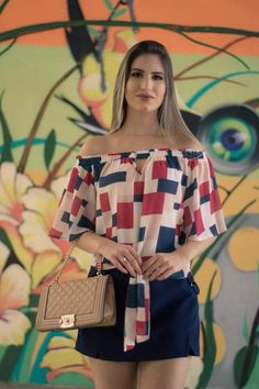 Pin de marina em blusas em 2019 женские шорты, мода e женская мода. Look Con Short, Trendy Summer Outfits, Teenage Girl Outfits, Western Wear, Blouse Designs, Ideias Fashion, Womens Fashion, Fashion Trends, Fashion Dresses