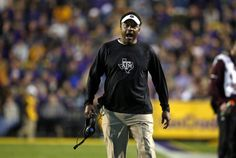 Official: Texas A&M fires Kevin Sumlin