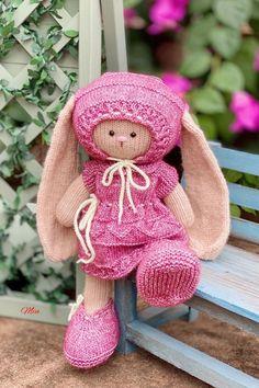 How To Knit the Horizontal Herringbone Stitch Herringbone Stitch, Start Writing, Wordpress, Teddy Bear, Knitting, Toys, Health, Animals, Activity Toys