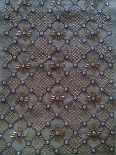 Amazing detail for open stitches Bird Embroidery, Couture Embroidery, Beaded Embroidery, Embroidery Stitches, Embroidery Patterns, Needlepoint Stitches, Needlework, Stitch Design, Lace Design