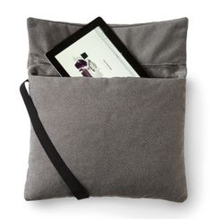 MYPILLOW by Odosdesign for Viccarbe Photo. Road trip pillow for adults :))