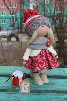 Варенька – купить или заказать в интернет-магазине на Ярмарке Мастеров | Кукла изготовлена из текстиля, стоит и сидит…