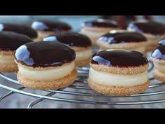 Εύκολα & Πεντανόστιμα Κοκάκια - Κωκ - Greek Chocolate Cream Puffs - YouTube Greek Recipes, Custard, Sweet Tooth, Cheesecake, Sweets, Cream, Baking, Desserts, Food