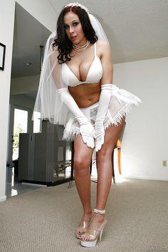 Chubby latinas porn girls