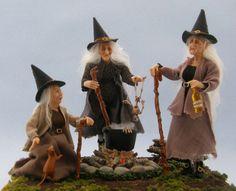 Halloween Diorama, Halloween Shadow Box, Halloween Miniatures, Halloween Doll, Halloween Crafts, Halloween Decorations, Halloween Witches, Halloween Ornaments, Haunted Dollhouse