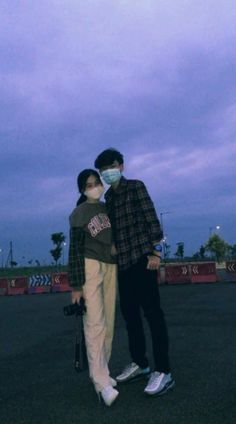 Couple Goals Teenagers Pictures, Baby Boy Pictures, Cute Couple Pictures, Korean Best Friends, Boy And Girl Best Friends, Night Aesthetic, Couple Aesthetic, Aesthetic Pastel, Relationship Pictures