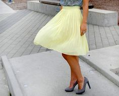 Nothing like a full skirt and pumps to make an outfit.