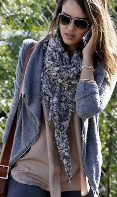love Jessica Albas scarfs.