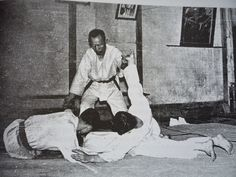 Hapkido founder Choi Yong Sul teaching students circa 1950 -1960