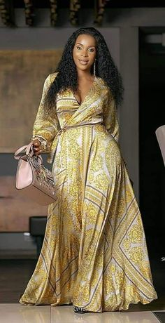 African Wear Dresses, Latest African Fashion Dresses, African Print Fashion, African Attire, Casual Gowns, African Traditional Dresses, Classy Dress, Ankara Skirt, Gown Dress