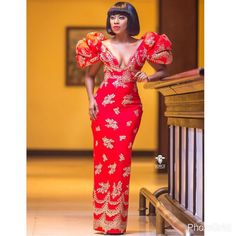 A very classic trending Aso ebi styles for the ladies. African Dresses For Women, African Print Dresses, African Fashion Dresses, African Attire, African Wear, African Outfits, African Prints, African Style, African Design