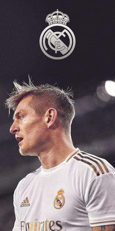 Real Mardid, Real Madrid Cr7, 007 Casino Royale, Real Madrid Wallpapers, Real Madrid Football Club, Toni Kroos, Football Players, Soccer, Hero