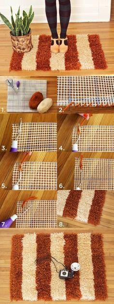 Simple and beautiful carpet DIY & Crafts Tutorials: Simple and beautiful carpet DIY & Crafts Tutorials: Diy Tapis, Pom Pom Rug, Pom Poms, Latch Hook Rugs, Creation Deco, Diy Carpet, Cheap Carpet, Hall Carpet, Carpet Decor